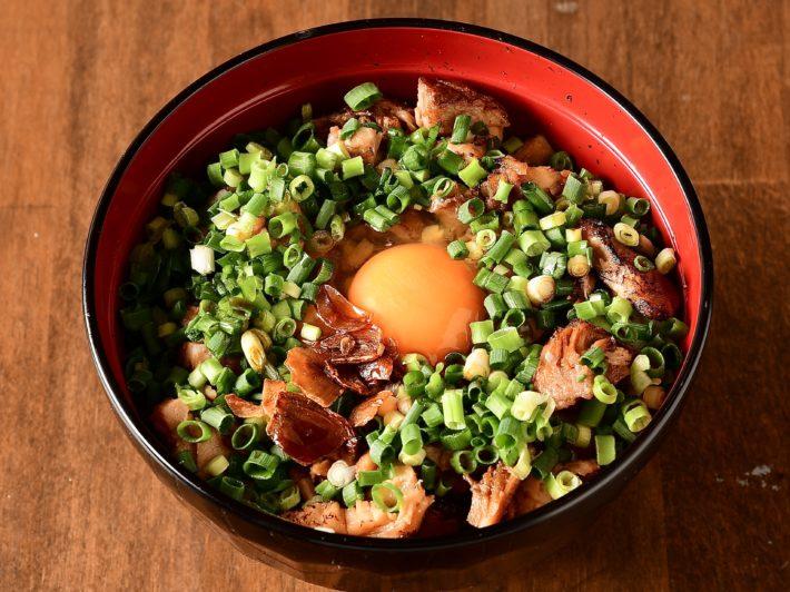 豚玉丼+味噌汁+スープ割り