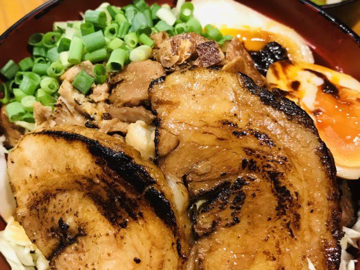 糖質カット丼(ごはん無し)肉盛り+味噌汁+スープ割り