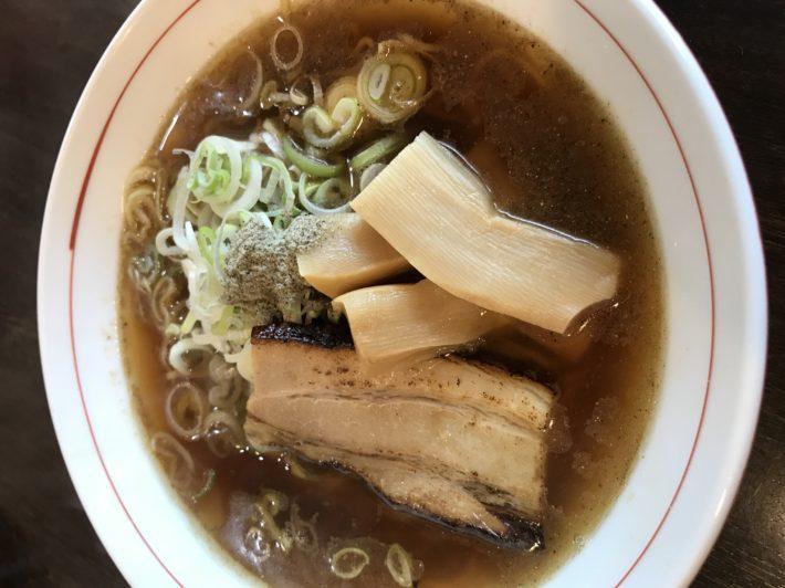 銀龍(煮干し醤油らーめん)